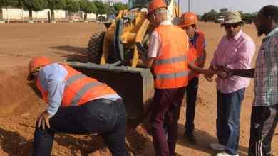 Photo of موريتانيا… الرئيس يضع حجر أساس أكبر مسجد في الداخل