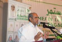 رئيس حزب تواصل، الحزب المعارض الأبرز في هذه الانتخابات