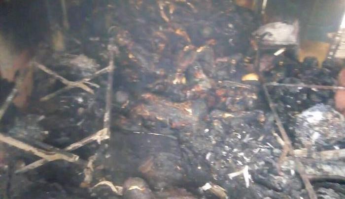 آثار المذبحة التي راح ضحيتها 160 شخصاً