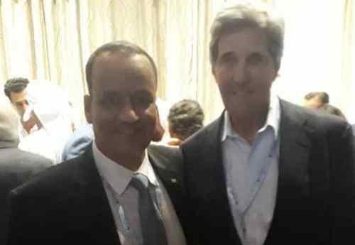 وزير الخارجية الموريتاني رفقة وزير الخارجية الأمريكي السابق جون كيري