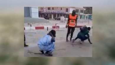 Photo of غضب وجدل بسبب فيديو اعتداء الأمن على مواطنين