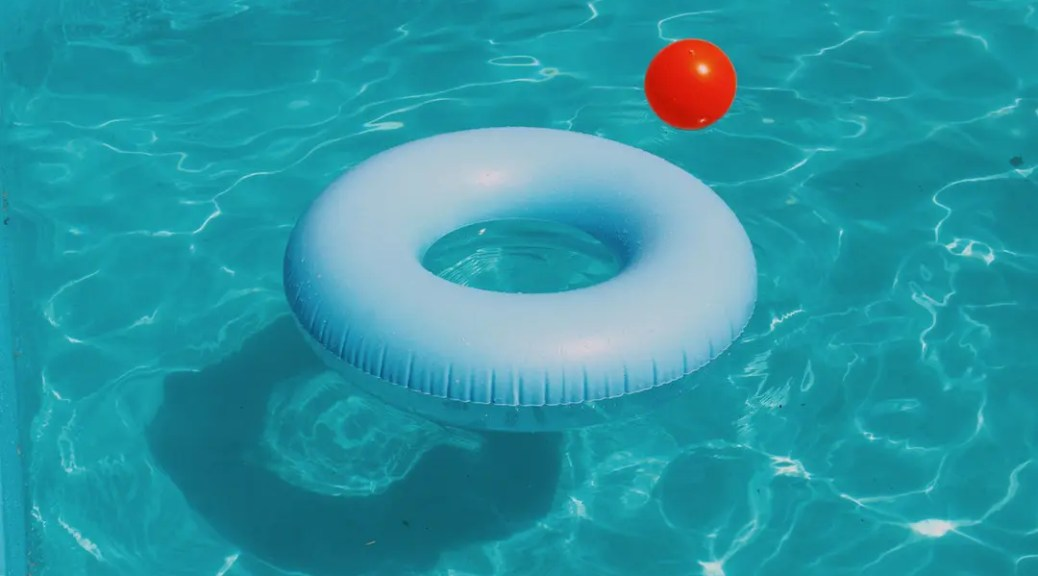 Swimming Pool Builder: What\'s the Typical Cost of Inground Pool?
