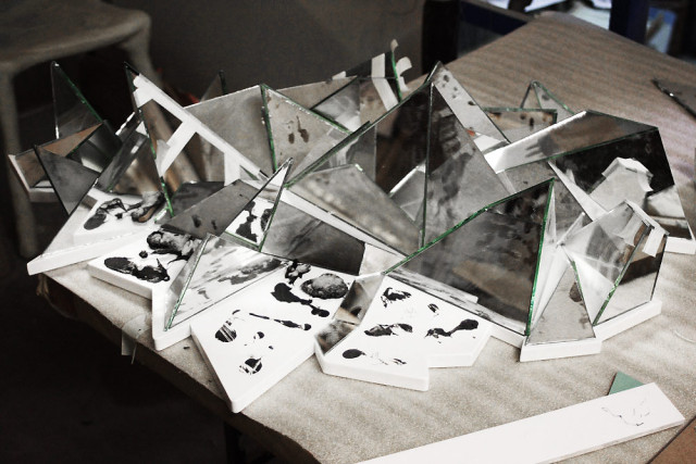 Mathias-Kiss-Mirror-Wall-Sculpture-Art2