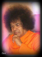 sri-sathya-sai-baba-thinking-pose