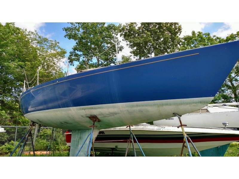 1984 Pearson USA J 35 Sailboat For Sale In Rhode Island