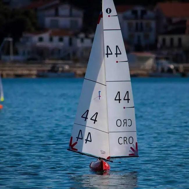 Kantun 2 IOM RC Yacht RC sailboat IOM RC Yacht Pond Yacht
