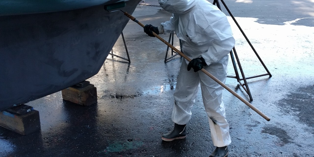 Haulout 2016 Part 2: Repainting the bottom anti-fouling and home!