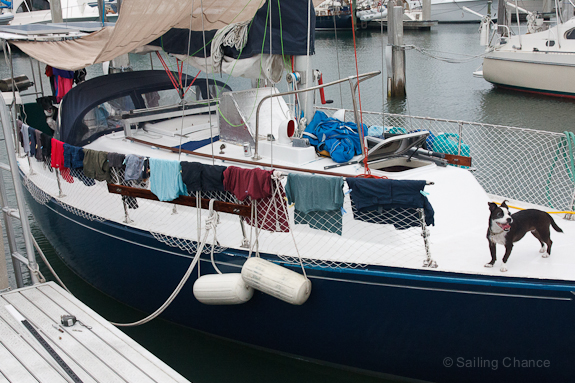 sailboat-laundry-drying