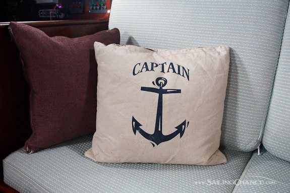 Sailboat-cushions