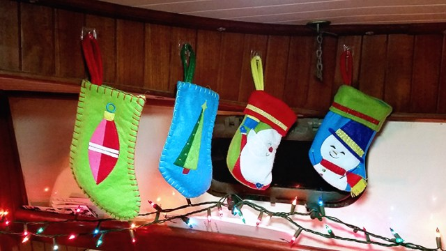 Boat_Stockings_sailboat