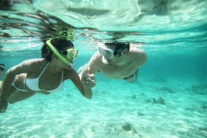 Snorkeling-Couple