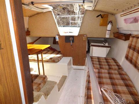 MacGregor 25 1981 Lake Jacomo Kansas City Missouri Sailboat For Sale From Sailing Texas