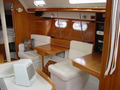 Catalina 387 Yacht For Sale