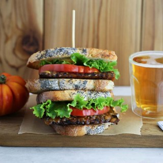 The best vegan BLT recipe with Tempeh Bacon. So delicious!   Sails & Spices