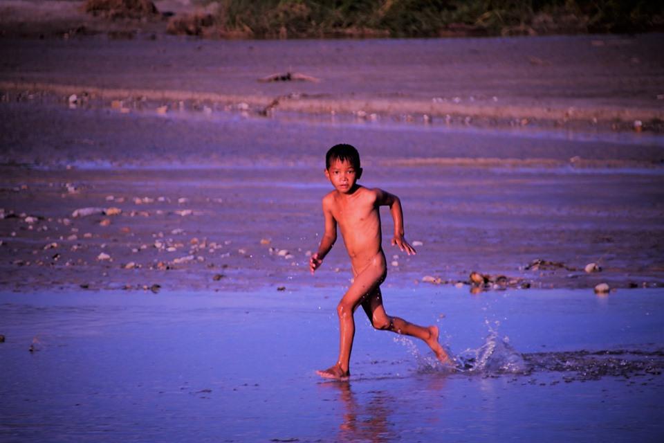 स्वमिङ रहर (फोटो फिचर)