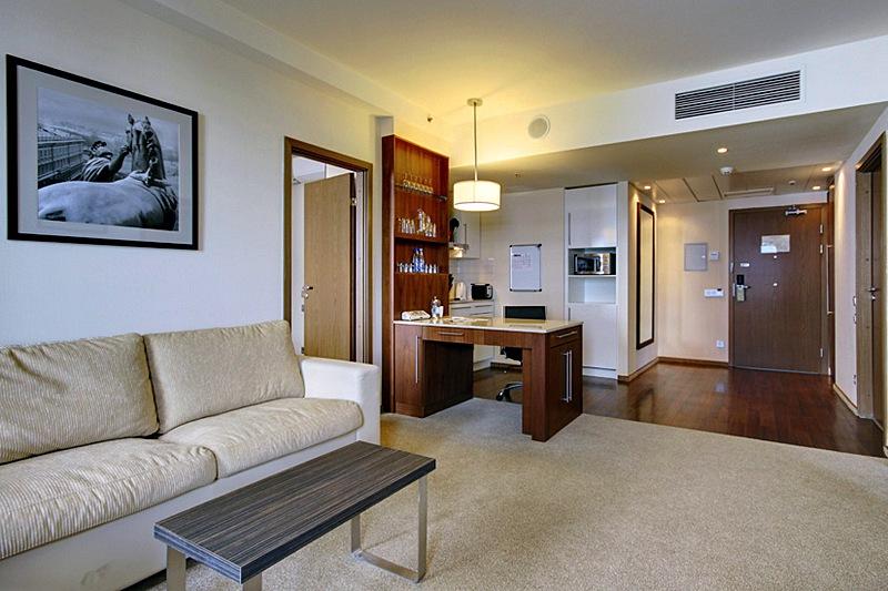 Staybridge Suites 2 Bedroom Suite