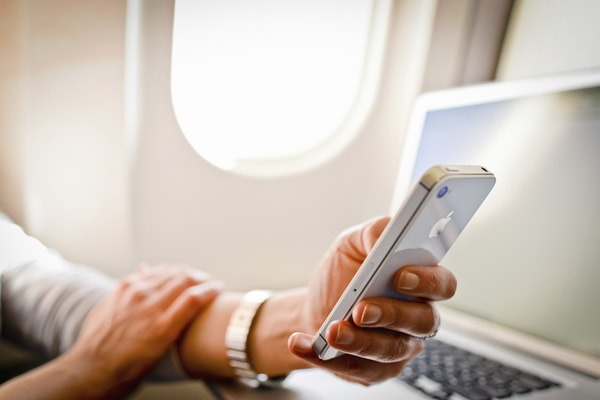 iphone airplane