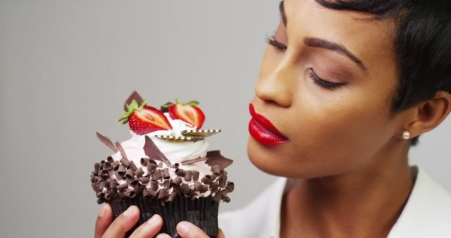 woman_eating