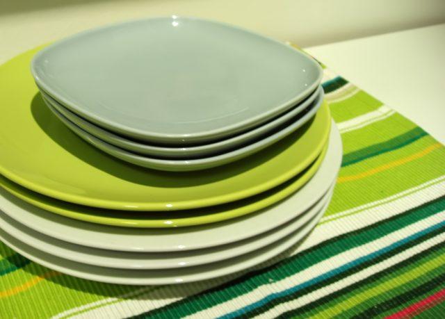 plastic dishes