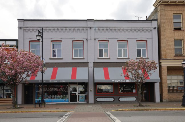 The Nicholson Block, 438 1st Avenue in downtown Ladysmith, was built in 1909 for Donald Nicholson, a Past master of St. John's Lodge No. 21 (photo: St. John's Lodge No. 21 Historian)