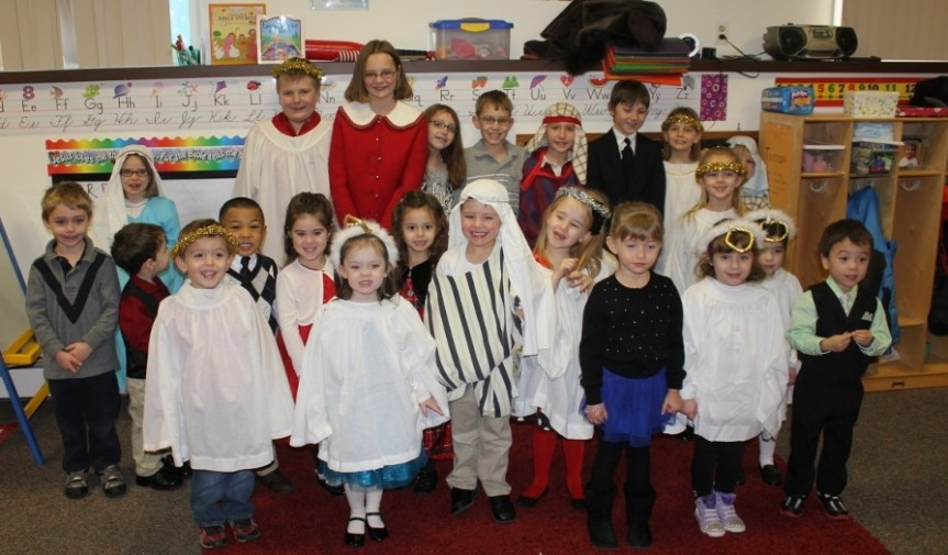2014 Christmas Pageant 2014-12-21 005 (1024x683)