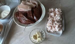 recept-pechenochnoj-kolbasy-v-domashnix-usloviyax4