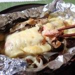 チーズ大好き(秋鮭とウラベニホテイシメジのチーズ焼き)