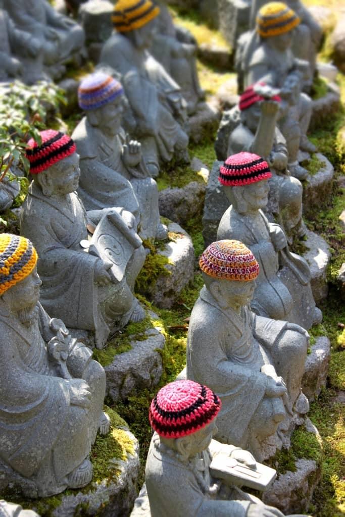 miyajima rakan statues