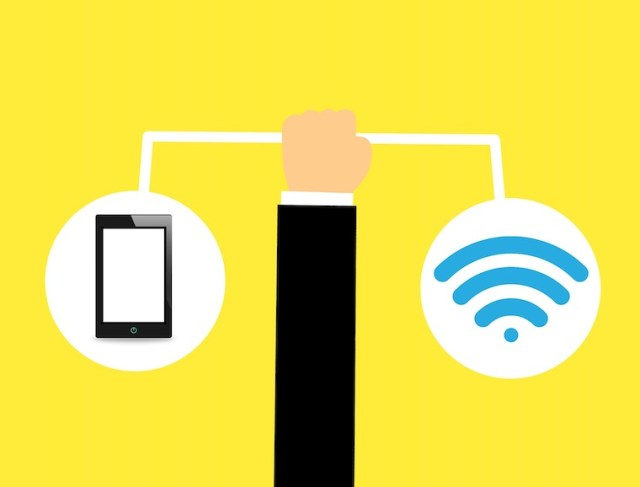 The quick answer: Should you choose fiber internet or pocket WiFi?