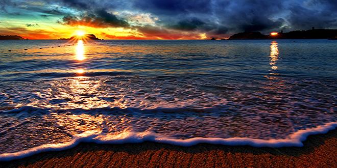 beach-pretty-sunlight-nice-amazing-sunrise-beautiful-enchanting-wonderful-mountains-sea-sunsets-clouds-outstanding-sunshine-nature-sand-horizon-white-desktop-wallpaper