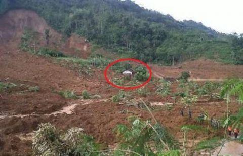 Banjarnegara-Rumah Ustadz Selamat dari longsor-2-jpeg.image