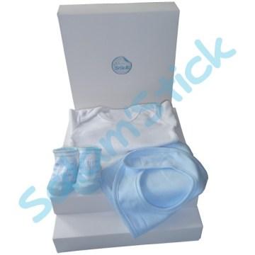 371683ff53947 Kit cadeau de naissance