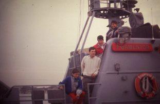Edu Baños, Armando, Luis Arenal y Gonzalo Lopez en un barco