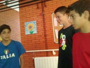 Curso Ingles Solidaridad1 at 17.17.44