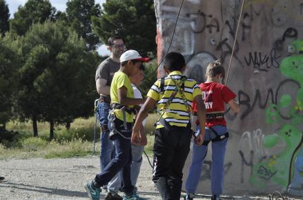 Cuarto y Quinto Escalando en el monolito de Rivas (8)