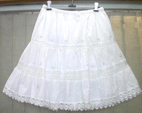 https://i1.wp.com/www.salecatcher.com/wholesale-clothing/bali-beach-clothing-l/6pleats-mini-skirt-001.jpg