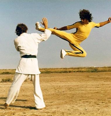 Jump_kick