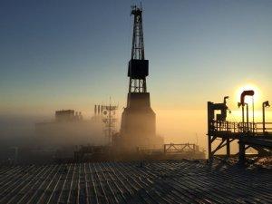 piattaforma petrolifera mare - trivelle adriatico