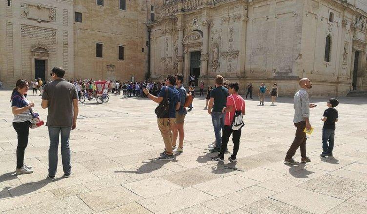 Piazza Duomo - gruppo con audioguida
