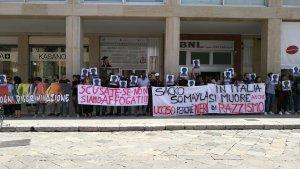 Lecce flashmob per Sacko Sacko Soumaila