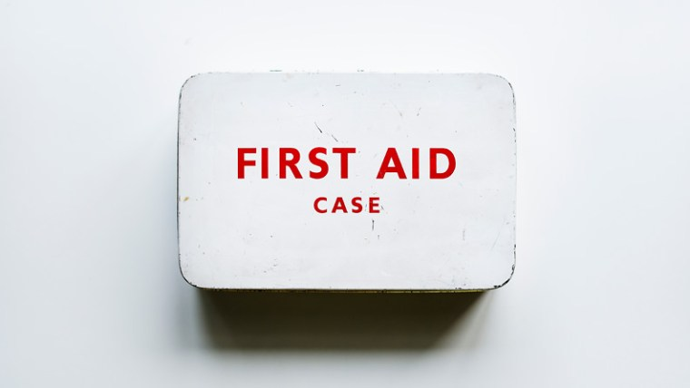 First Aid Case - C.U.R.E. Technique to save a lost sale