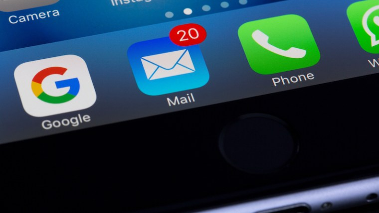Distracting email notifications on iPhone