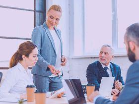 Coaching vs Sales Coaching