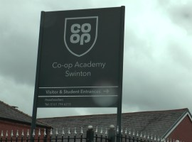 Co-Op Academy strikes continue at this Swinton school. Photo credit: Nathan Bagnall