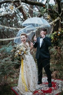 moody Mornington wedding at Tanglewood Estate / photography by Anna Taylor