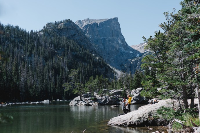 rocky-mountain-engagement-photos-8