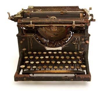 Old-typewriter-2