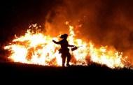 مختل يحرق عشرات المصلين في مسجد بالجزائر