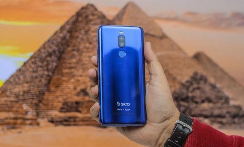 سرقة 15 ألف بطارية تؤجل طرح أول تليفون محمول مصري
