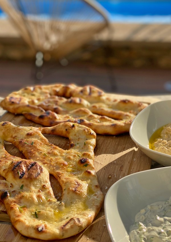 Delicious summer bread on the BBQ: Garlic and Rosemary Fougasse recipe